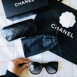 Chanel sunglasses in perfect conditions
